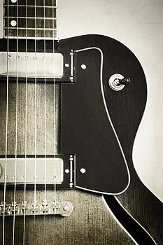 Karol Livote - Guitar Classic