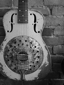 Guitar by Kelli Uysaloglu