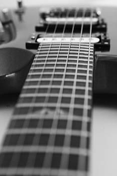 Karol Livote - Guitar View