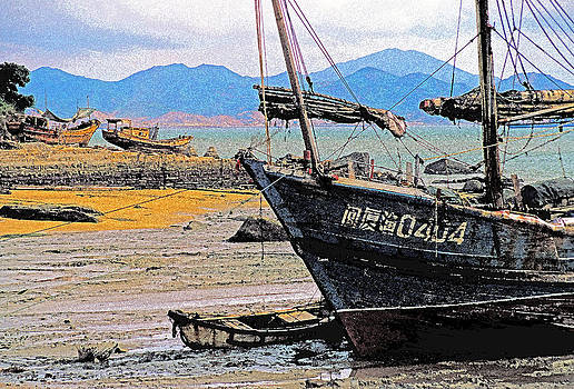 Dennis Cox - Gulangyu boats