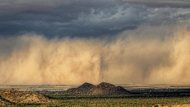 Haboob On The Move by Ryan Seek
