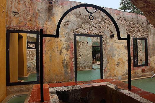Susan Rovira - Hacienda Puerta Campeche