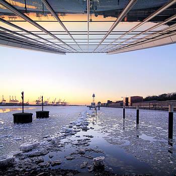 Hamburg Dockland by Marc Huebner