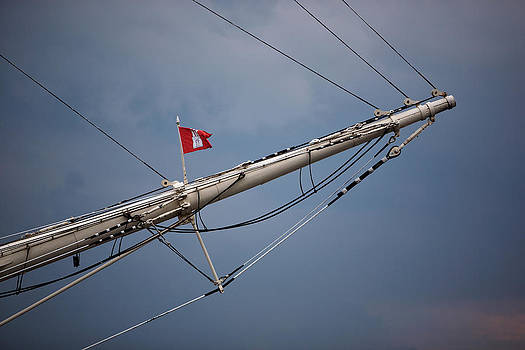 Jay Evers - Hamburg - Flag on the Prow