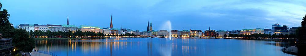 Hamburg Panorama in Blue by Marc Huebner