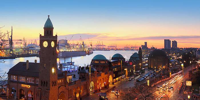 Hamburg St. Pauli Piers by Marc Huebner