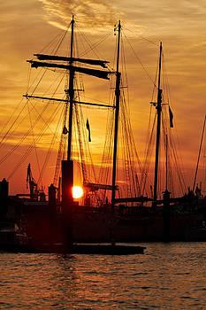 Jay Evers - Hamburg - Sunset over the Marina