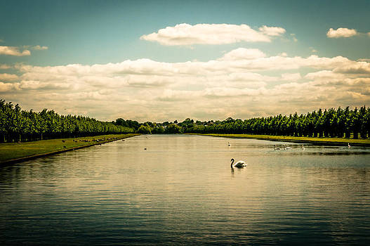 Lenny Carter - Hampton Court Long Lake
