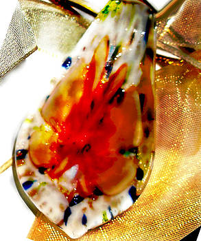 Hand blown Glass Pendant by Judy Paleologos