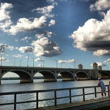 Hanover Street Bridge by Toni Martsoukos