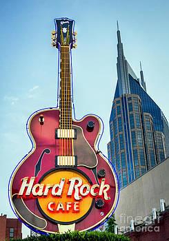 Hard Rock Cafe Nashville by Sophie Doell