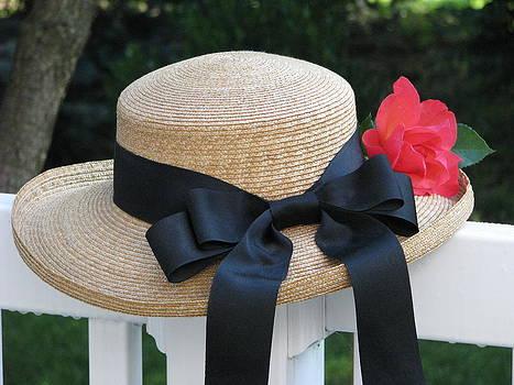 Angela Davies - Hats Off To Summer