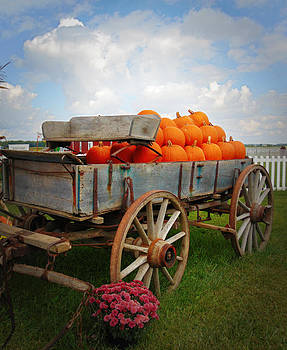 Haulin' Pumpkins by Chanda Yoder