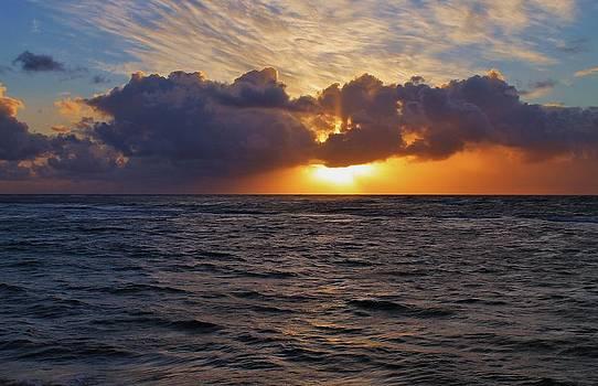 Hawaii Sunrise by Robert Pennix