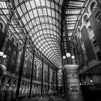 Hay's Galleria by S J Bryant