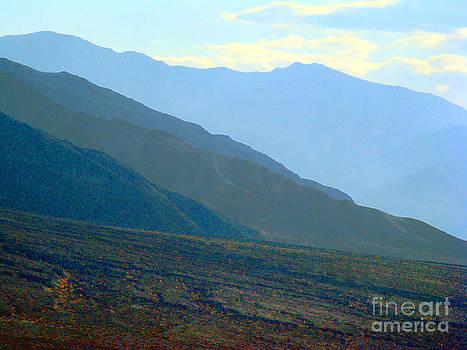 Hazy Mountains by Eva Kato