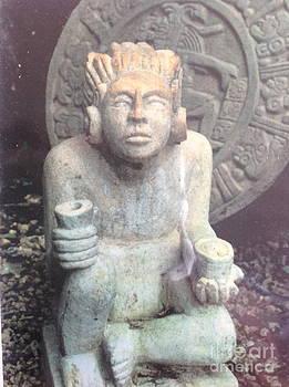Head of a Mayan God by Yucatan sculpture Nando