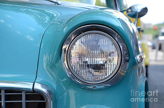Headlight by Susan Montgomery