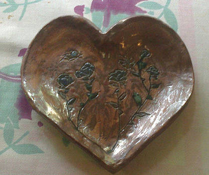 Heart Rose Plate by Lyra's Prism