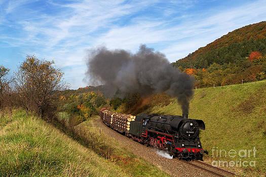 Heavy goods steam train by Christian Spiller
