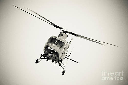 Heli 1 by Alan Oliver