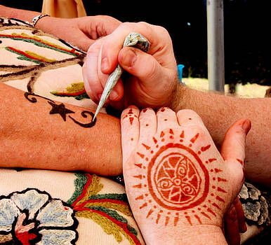Suzie Banks - Henna Art