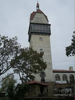 Heublein Tower - Connecticut by Spirit Baker