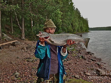 Hmm...that is also dream - salmon 10 kg . Sweden 2013. by  Andrzej Goszcz