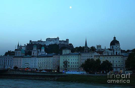Gregory Dyer - Hohensalzburg Castle in Salzburg Austria at night