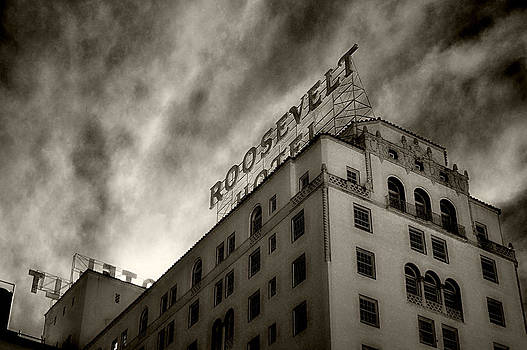 Cindy Nunn - Hollywood Roosevelt Hotel 7