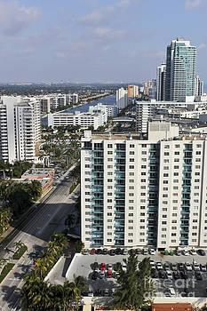 Sophie Vigneault - Hollywood View Florida