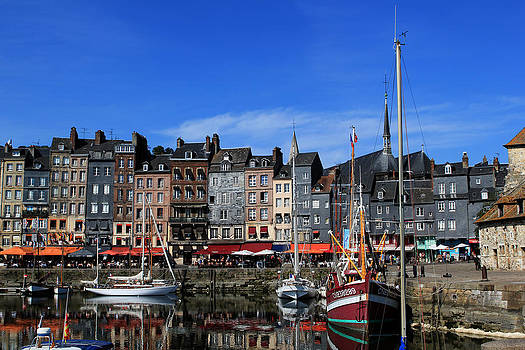 Honfleur France by Tom Prendergast