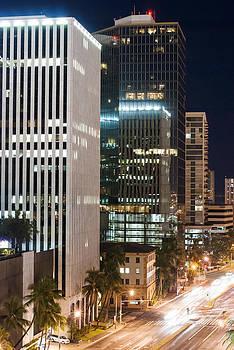 Ramunas Bruzas - Honolulu At Night