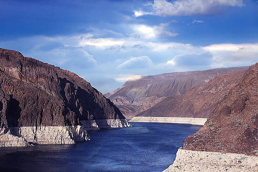 Hoover Dam by Yosi Cupano