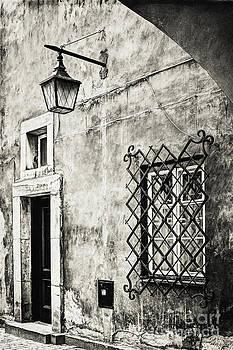 Hostel Kanonia Old Wall by Izabela Kaminska