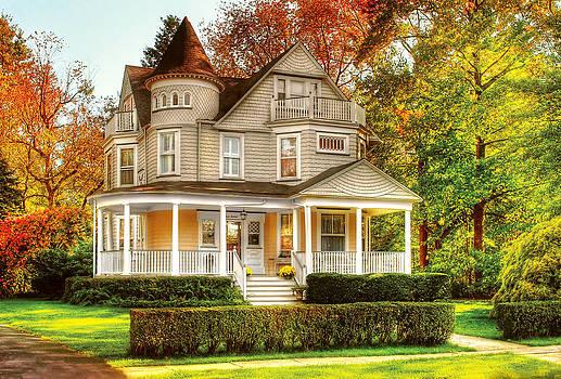 Mike Savad - House - Cranford NJ - Victorian Dream House