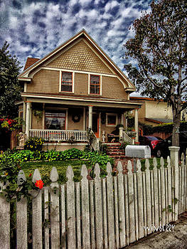 House With Mail Box by Bob Winberry