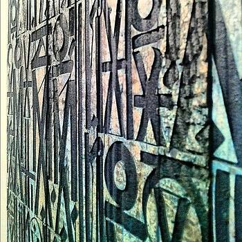 How About This #retna @wearegiants? by Andres Cruz