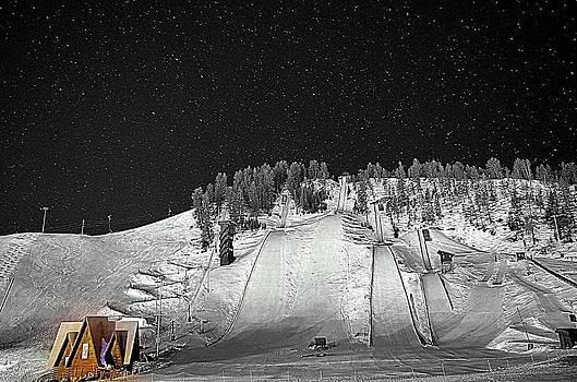 Howelson Night by Matt Helm