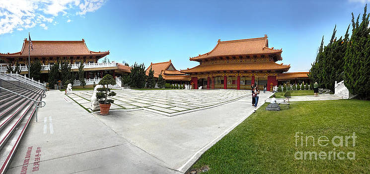 Gregory Dyer - Hsi Lai Temple - 08