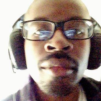 Http://djskyelo2113.listen2myradio.com by Quinn  Moore