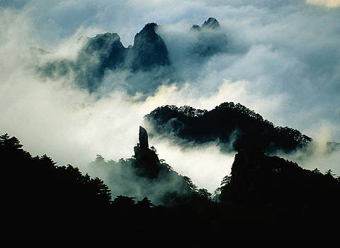 Dennis Cox - Huangshan West Sea