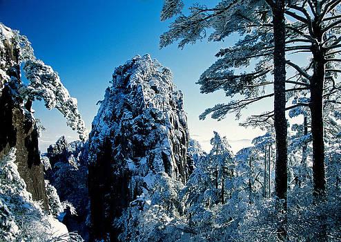 Dennis Cox - Huangshan winter peak