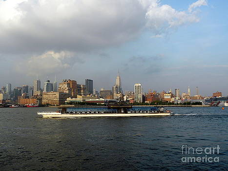 Hudson River Barge by Avis  Noelle
