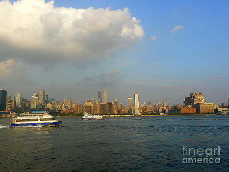 Hudson River Traffic by Avis  Noelle