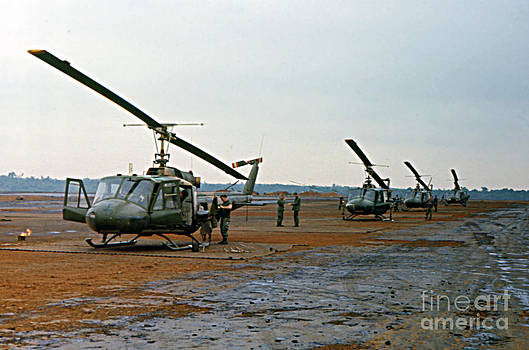 California Views Archives Mr Pat Hathaway Archives - Huey Bell UH-1 Iroquois Helicopter Pleiku Vietnam 1969