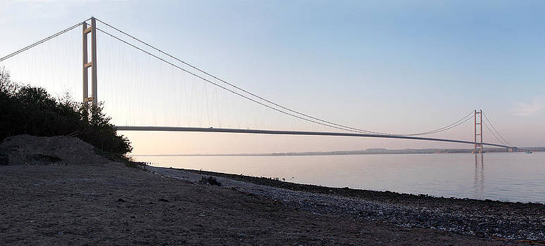 Humber Bridge panorama by Chris Cox
