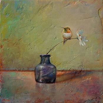 Hummingbird and White Daisy by Lori  McNee