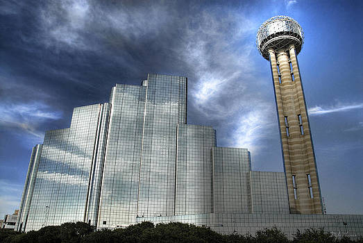Hyatt Regency and Reunion Tower by Dyle   Warren