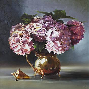 Hydrangea by Jihong  Shi